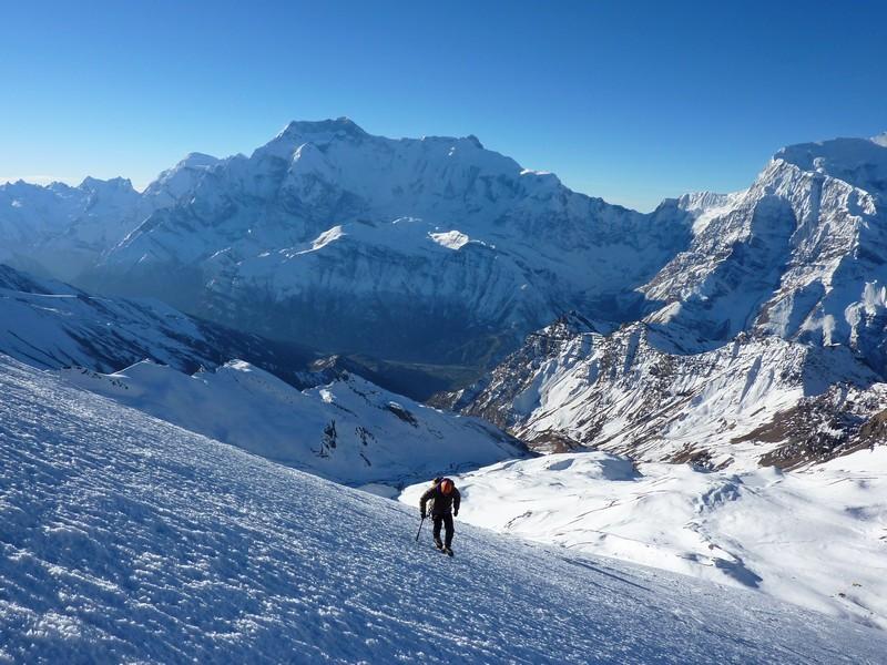 6 6000m peak challenges in the Himalaya for 2019 - KE