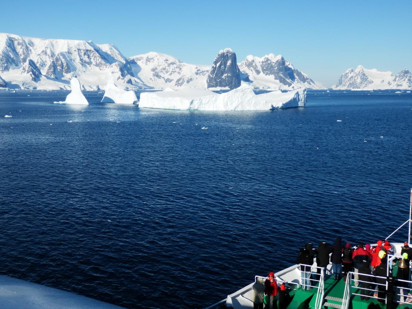 Antarctic Classic  KE Adventure Travel