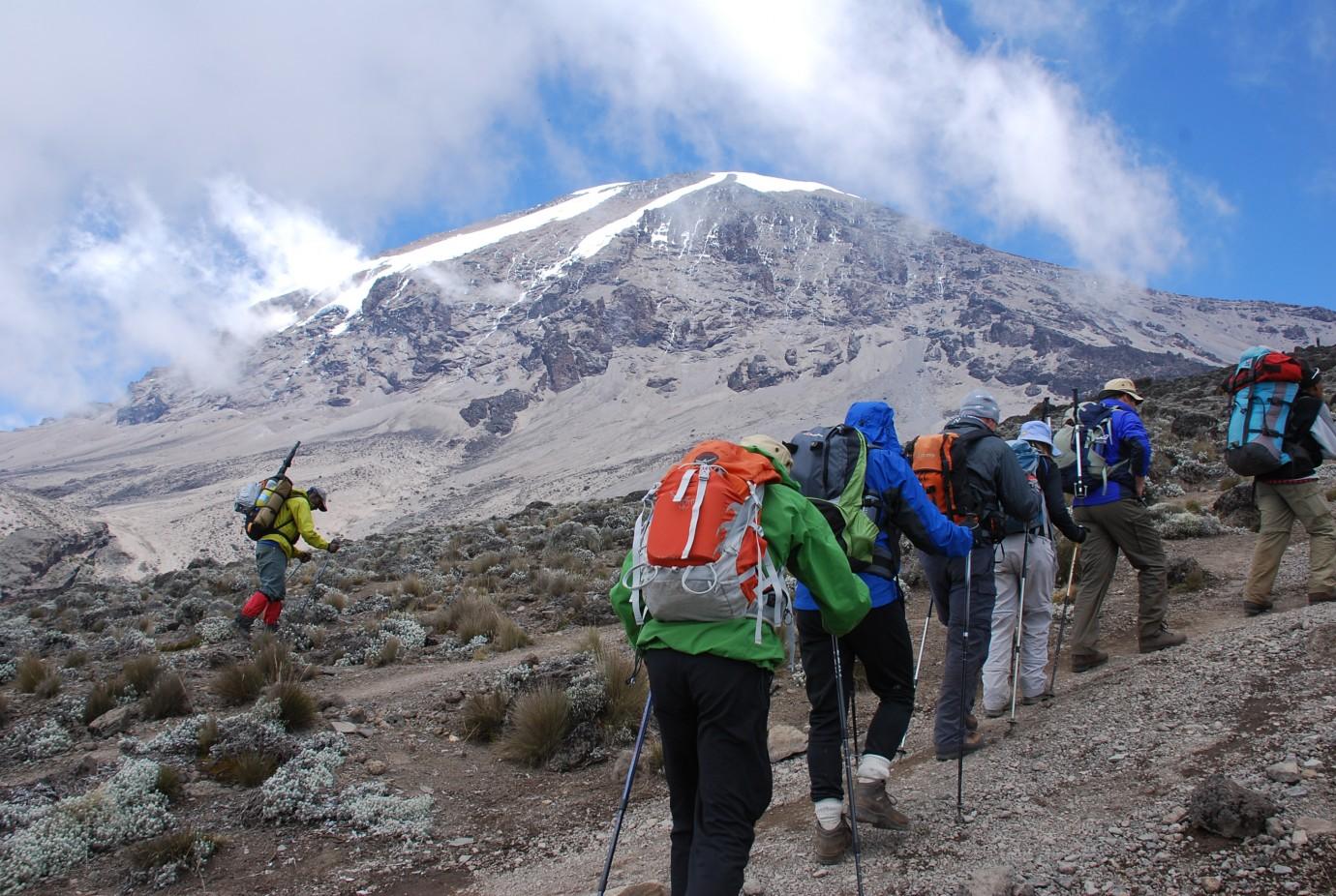 Kenya Road Sign >> Mt Kenya & Kilimanjaro - KE Adventure Travel