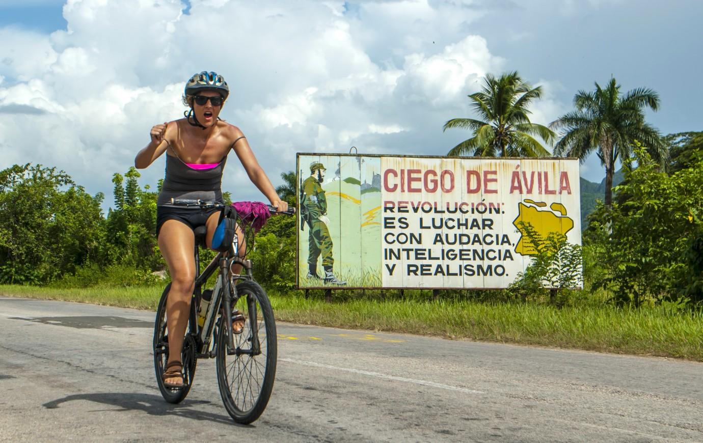 c621480be Cycling holiday in Cuba - KE Adventure Travel