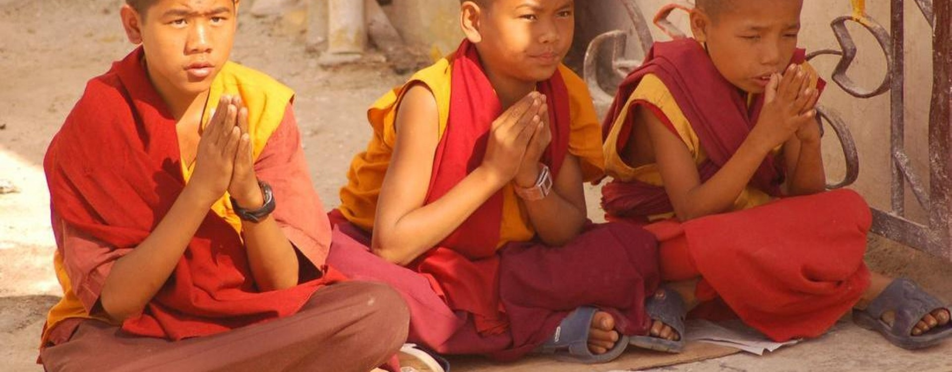 Young monks at Thrangu Tashi Yangtse Monastery